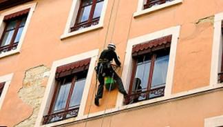 Ремонт фасадов в Москве альпинистами
