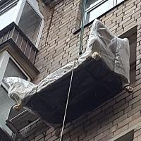 Подъем грузов через окно или балкон