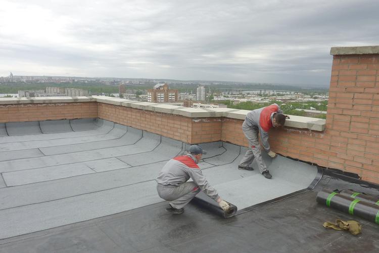 Ремонт крыши многоквартирного дома в Москве